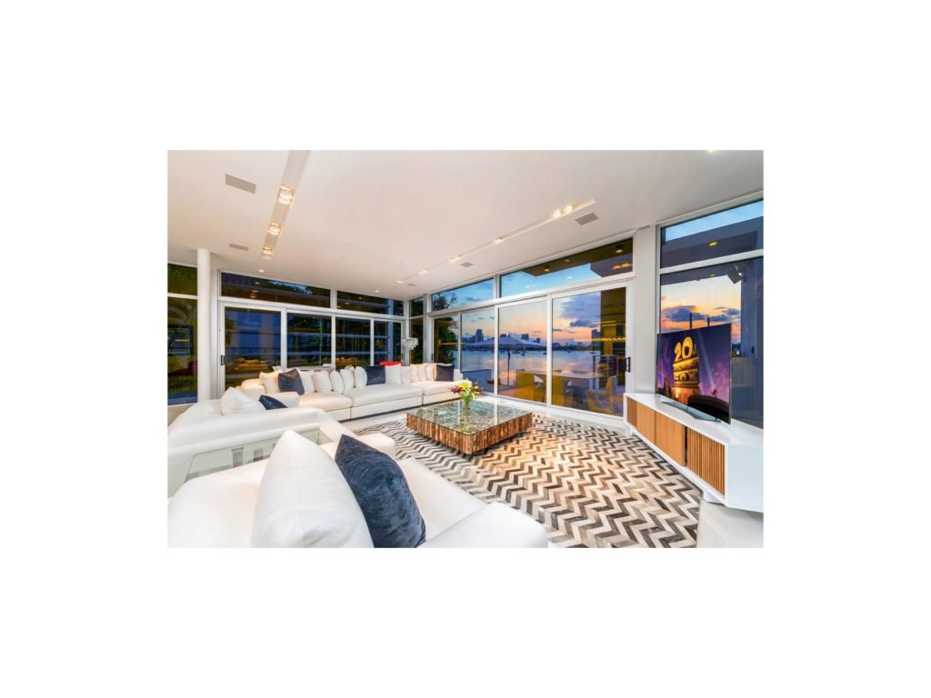 julian-johnston-440-s-hibiscus-drive-miami-beach-livingroom