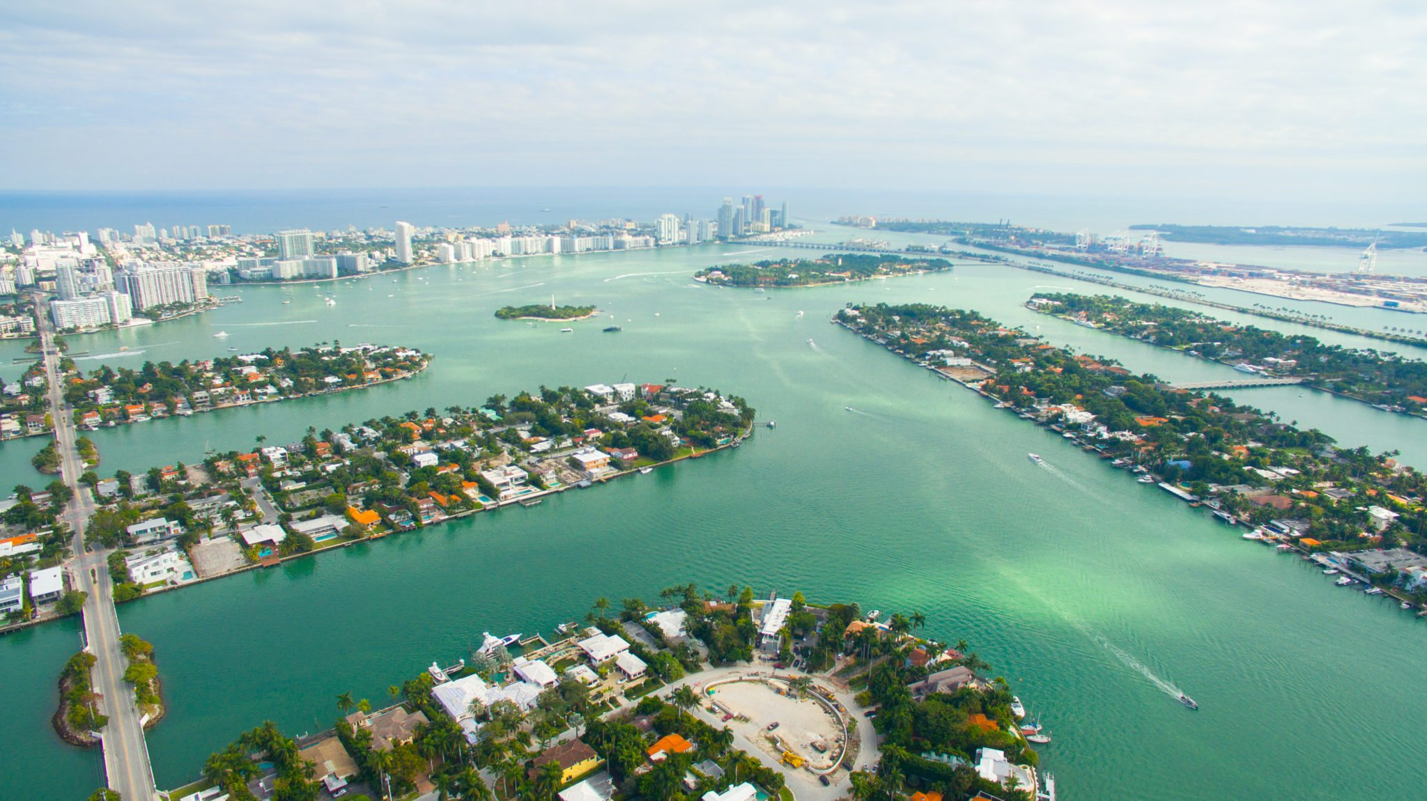 The 6 Islands that Make Up the Venetian Islands