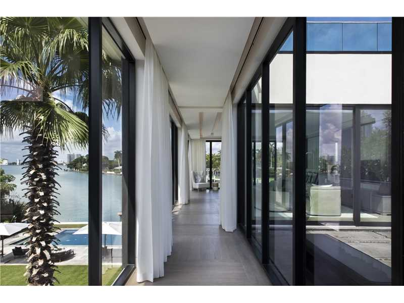 Julian JOhnston - 6466 North Bay Road - Miami Beach waterfront home interior