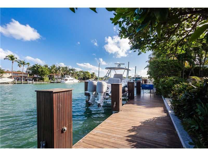 Top Miami Beach Waterfront Homes