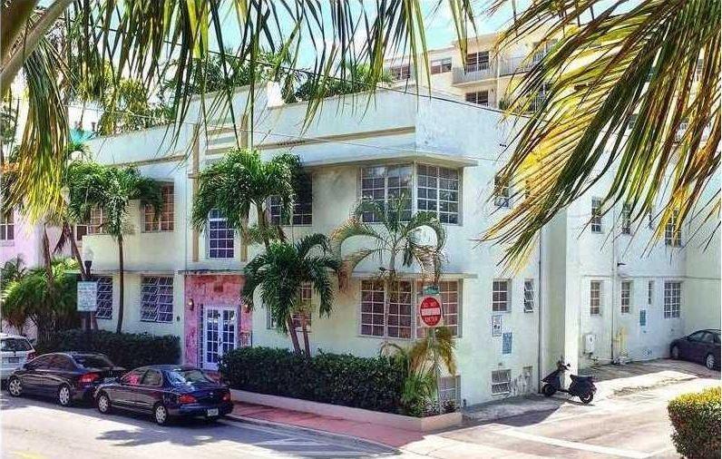 Art deco house for sale in miami beach